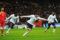 Rooney scores Englands opener on a 4-1 win
