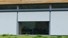 Stores fenêtre extérieur STOLL Stores & Bâches SA - Vos rêves... nos solutions ! Bâches - Abris-tentes - Camping - Stores - Pergolas - Architecture textile - Piscine - Publicité - Nautisme - Voile solaire