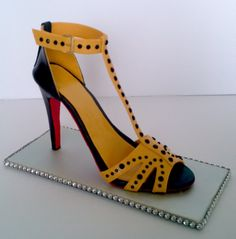 Gumpaste high heel shoe