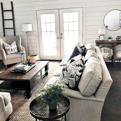 60 amazing farmhouse style living room design ideas (17)
