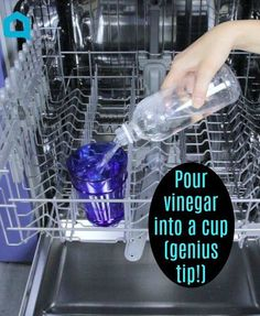 Cleaning dishwasher is easy with this kitchen cleaning hack. Cleaning your dishwasher is so easy. Dishwasher clean with vinegar. Clean dishwasher diy is cheap. How to clean your dishwasher so it runs better. Use vinegar as a dishwasher cleaner. Deep Cleaning Tips, House Cleaning Tips, Diy Cleaning Products, Cleaning Solutions, Cleaning Hacks, Diy Hacks, Cleaning Spray, Household Cleaning Tips, Spring Cleaning Tips