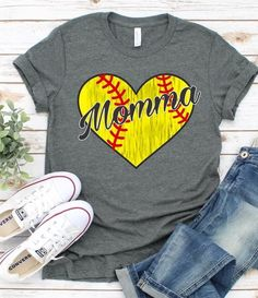 Softball Momma T-Shirt Softball Mom Shirts, Momma Shirts, Baseball Shirts, Softball Cheers, Softball Crafts, Softball Bows, Fastpitch Softball, Softball Clothes, Softball Pitching