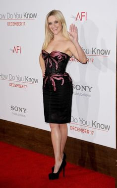 Reese Witherspoon wearing Zac Posen Spring 2011 RTW Dress, Yves Saint Laurent Trib Too Pumps in Black Suede,