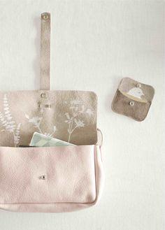 wow wat een leuk tasje!! Webshop - Keecie Picking Flowers, medium soft pink