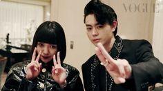 """今、最も注目される""""新世代俳優""""の菅田将暉さんと二階堂ふみさん。プライベートでも親しいふたりがかねてから熱望していた「ファッション撮影での共演」が5月28日(土)発売の『VOGUE JAPAN』7月号で実現! ファッションへの情熱を共有し、普段から互いに服をプレゼントしあったり、同じ服を購入したりもするという""""ファッション仲間""""のふたりが「ゲッタウェイ=逃避行」をテーマに演じるファッションストーリーの撮影舞台裏を特別公開!"""