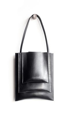 f0f78d0977 Graphic minimalist bag with stacked compartments    Sara Barner Leather  Accessories