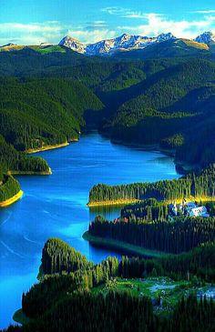 Lake Oasa Romania Turism Romania, Visit Romania, Romania Travel, The Beautiful Country, Beautiful World, Beautiful Places To Visit, Places To See, Amazing Places, All Nature