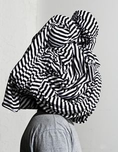 Mara Mayan Navy and White Pants Cecil Beaton, Great Photographers, White Pants, Op Art, White Fashion, Beautiful Patterns, Color Inspiration, Navy And White, Print Patterns