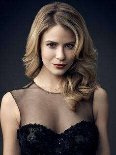 linsey godfrey | Pictures & Photos of Linsey Godfrey - IMDb