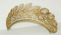 *◉ French tiara with hyacinth leaves set with crystals, 1820 ◉*