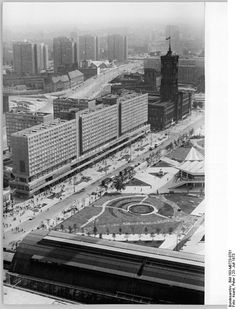 Berlin Stadtzentrum July 1973