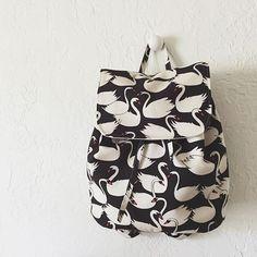 London Backpack | pdf sewing pattern by LBG STUDIO