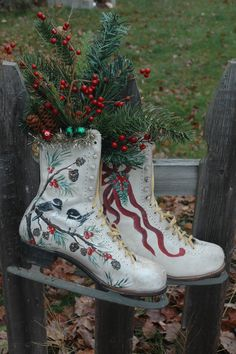 What to do with an old pair of skates? I hand painted these and stuffed them with greens and berries. Cheery little chicodees to greet you at the door! Painted Ice Skates, Painted Shoes, Christmas Makes, Vintage Christmas, Cardinal Paintings, Sled Decor, Snow And Rock, Winter Planter, Winter Berries