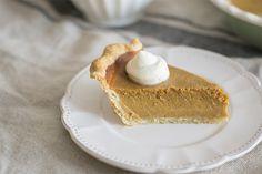 Como sabéis, la tarta de calabaza  o pumpkin pie  es un postre tradicional estadounidense muy típico en las cenas de Acción de Gracias o Na...