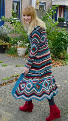 Crochet Coat, Crochet Jacket, Crochet Clothes, Beautiful Crochet, Needlework, Cardigans, Sweaters, Crochet Patterns, Knitting