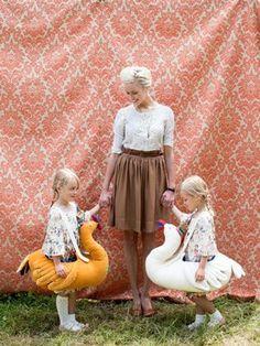 halloween costume + swan