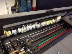 How do yall organize your soft plastics in your boat? Bass Fishing Boats, Bass Fishing Tips, Fly Fishing, Fishing Stuff, Fishing Rods, Fishing Basics, Trout Fishing, Fishing Tackle, Women Fishing