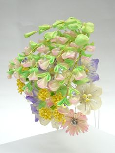 Q9 September bush clover, Chinese bell flower and Dianthus superbus kanzashi hagi kikyo and nadeshiko 9月の花かんざし萩、桔梗と撫子