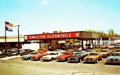 There's a reason automobile service stations have one of the largest varieties of complaints with the state attorney general of the United States in every. Avoid Car Repair and Service Scams. Retro Cars, Vintage Cars, Antique Cars, Vintage Auto, New Car Smell, Automobile, Car Advertising, Old Cars, Car Memes