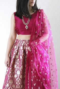 Brocade skirt with raw silk blouse Lehenga Designs, Kurta Designs, Blouse Designs, Lehnga Dress, Brocade Dresses, Saree Blouse, Indian Dresses, Indian Outfits, Indian Skirt