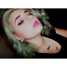 "Magdalena on Instagram: "" #aupairlifewhileblizzardandyouarestuckathome #polishgirl #aupair #makeup #pink #nyxcosmetics #colorpop #ilovethismattelipstick #curlyhair #boredaf """