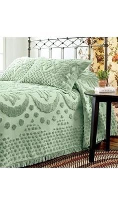 "~ Chenille ~ This makes me think of Aunt ""Snick"" and her guest bedroom. She still has her chenille spread all these years later. Vintage Bedspread, Chenille Bedspread, Vintage Textiles, Linen Bedding, Bedding Sets, Bed Linens, Girl Bedding, Home Bedroom, Bedroom Decor"