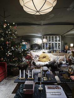 Scandi Christmas, Christmas Feeling, Christmas Trends, Modern Christmas, Christmas Inspiration, Christmas Home, Xmas, Merry Christmas Everyone, Christmas Decorations