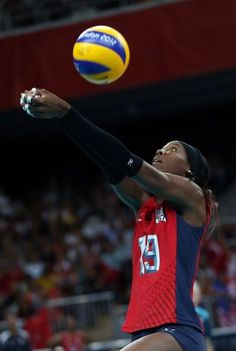 LONDON, ENGLAND - AUGUST 05:  Destinee Hooker #19 of United States passes the ball in the second set against Turkey during Women's Volleyball on Day 9 of the London 2012 Olympic Games at Earls Court on August 5, 2012 in London, England.  (Photo by Elsa/Getty Images) (Getty Images) / SA