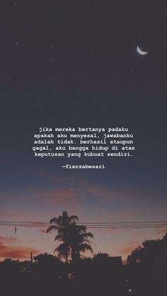 #quotes #sajakdetik #quotesindonesia Bio Quotes, Snap Quotes, Tumblr Quotes, Text Quotes, Typography Quotes, Qoutes, Quotes Lucu, Quotes Galau, Good Mood Quotes