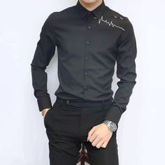 Mens Hottest Fashion, New Mens Fashion, Men's Fashion, Dress Shirt And Tie, Mens Designer Shirts, Casual Shirts, Denim Shirts, Mens Suits, Printed Shirts