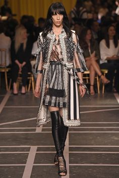 Givenchy RTW spring 2015 -  http://www.sewingavenue.com