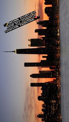 New York city uploaded by Adams on We Heart It Aesthetic Backgrounds, Aesthetic Iphone Wallpaper, Aesthetic Wallpapers, City Aesthetic, Travel Aesthetic, Photo Wall Collage, Picture Wall, City Photography, Nature Photography