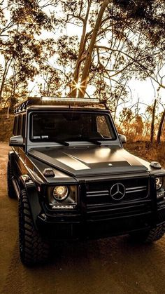 Mercedes-Benz: Just enjoying the last rays of sunshine. Photo shot by . Mercedes G Wagon, Mercedes Benz G Class, Mercedes Benz Cars, Offroader, High End Cars, Lux Cars, Best Luxury Cars, Amazing Cars, Dream Cars