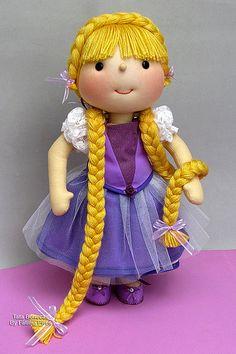 Rapunzel (Tata Bonecas)