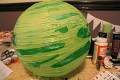 The Experimental Crafter: Planet Paper Lanterns: A Partial Tutorial