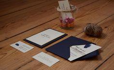 Small design workshop Konstruktywni make wedding invitations with humor and gently :)