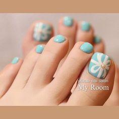 Blue Toe Nails, Summer Toe Nails, Turquoise Nail Art, Tiffany Blue Nails, Asian Nails, Kawaii Nails, Short Nails Art, Toe Nail Art, How To Do Nails