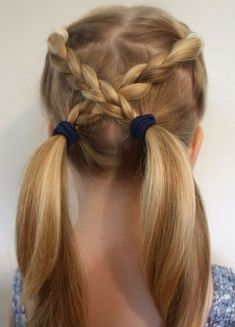 6 Easy Hairstyles For School That Will Make Mornings Simpler, Peinados, Looking for some quick kids hairstyle ideas? Here are 6 Easy Hairstyles For School That Will Make Mornings Simpler, and still get you out the door on . Easy Hairstyles For Kids, Quick Hairstyles, Popular Hairstyles, Stylish Hairstyles, Hairstyles 2018, Newest Hairstyles, Braid Hairstyles, Hairdos, Party Hairstyles