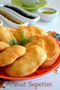 Tuekish pastry: mayasız pişi/in oil baked little lovely breads.
