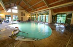 List Of Pigeon Forge Hotels With Indoor Pools Photos Each Hotel S Pool At Http Www Pigeonforgetnguide Lodging