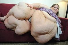 The World's Fattest Woman With Her Husband (10 PICS)