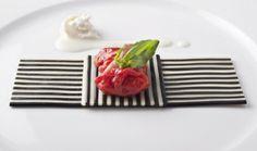 Gli spaghetti dello chef Davide Scabin. Sul nostro blog parliamo di Food e Design http://www.menudachef.it/good-food-good-design/