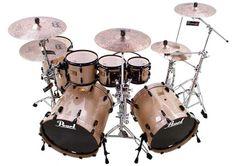 Pearl Drums Games Outfits, Pearl Drums, Drums Beats, Drum Music, How To Play Drums, Drummer Boy, Snare Drum, Drum Kits, Drummers