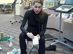 Relieve Pain in Top of Foot - YouTube How to tie laces in a way to decrease pain in top of foot and prevent tendinitis.
