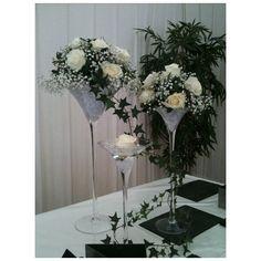 vase martini Remplacer les roses blanches par des roses rouges