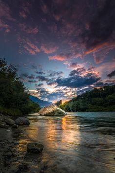Purple Sunset - Photo by +Wolfgang Moritzer Tyrol, Lienz, Austria_ _river _nature _landscape Beautiful World, Beautiful Images, Beautiful Scenery, Cool Pictures, Cool Photos, Nature Landscape, Purple Sunset, Amazing Nature, Wonderful Places
