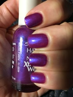 Sally Hansen Hard as Nails Xtreme Wear: Purple Potion