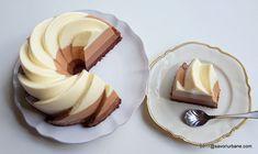 Tort trio de ciocolata reteta autentica pas cu pas | Savori Urbane Sweets Recipes, Sweet Desserts, Dessert Bars, Panna Cotta, Recipies, Baking, Ethnic Recipes, Food, Cakes