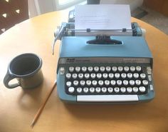 Vintage Working Smith Corona Super Sterling Portable