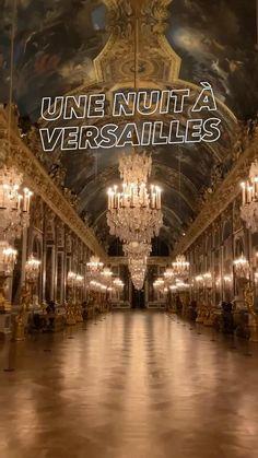 Baroque Architecture, Futuristic Architecture, House Hall Design, Beautiful Buildings, Beautiful Places, Chateau Versailles, Antique French Furniture, Paris Images, Fantasy Castle